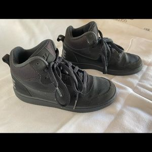 Kids black Nike High Top Sneakers